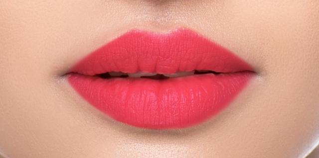 画像2: 暖色系の肌が似合う色は?