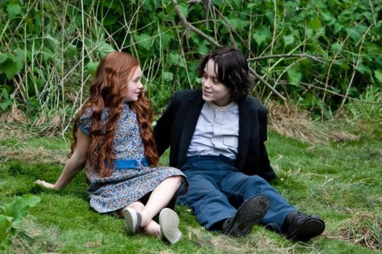 画像: 『ハリー・ポッターと死の秘宝 PART2』では幼い頃のスネイプ先生がやがてハリーの母となるリリー・エヴァンスに密かな想いを寄せるせつない恋模様が描かれた。