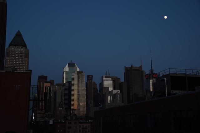 画像: 停電したニューヨークの街