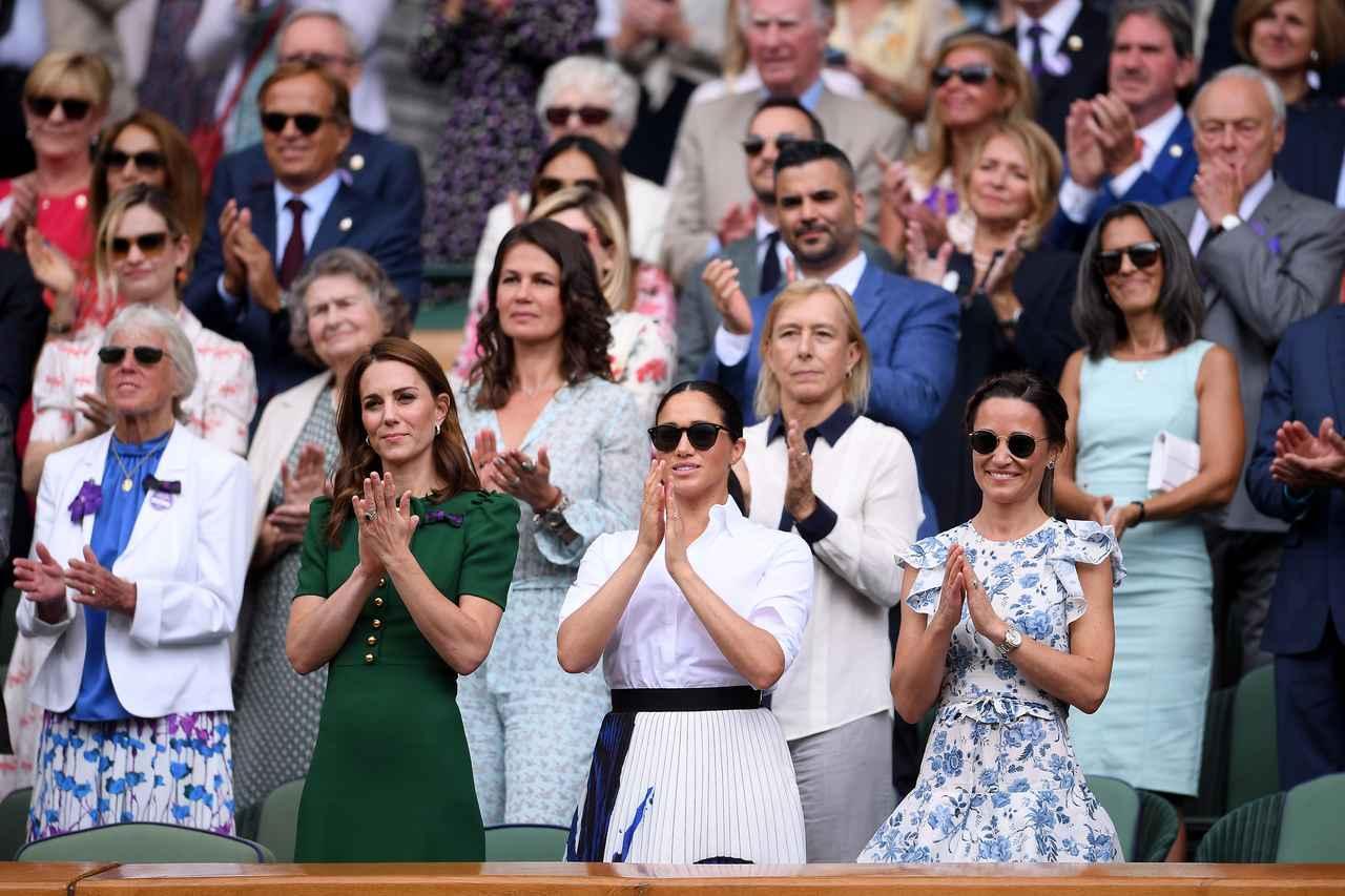 画像4: 初!キャサリン妃、メーガン妃、ピッパ・ミドルトンが3ショットを披露、親友のテニス観戦で