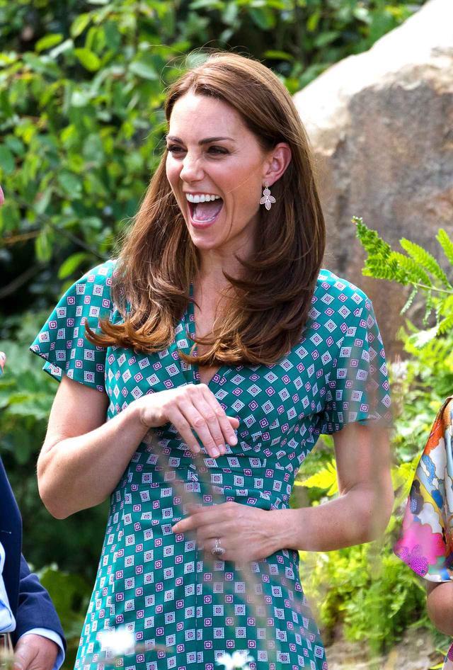 画像1: キャサリン妃のイヤリングはどこで買える?