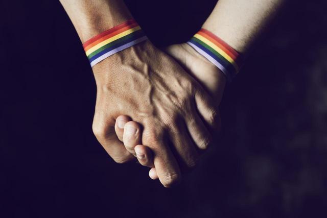画像: ロシアの反LGBTQ+法に反発