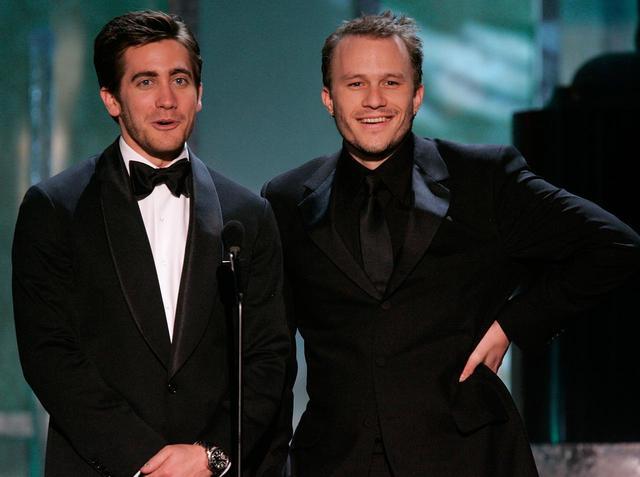 画像: 同性カップルを演じたジェイクとヒース