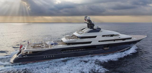 画像: カイリーが貸し切るメガヨット「トランキリティ」。©Yacht Charter Fleet