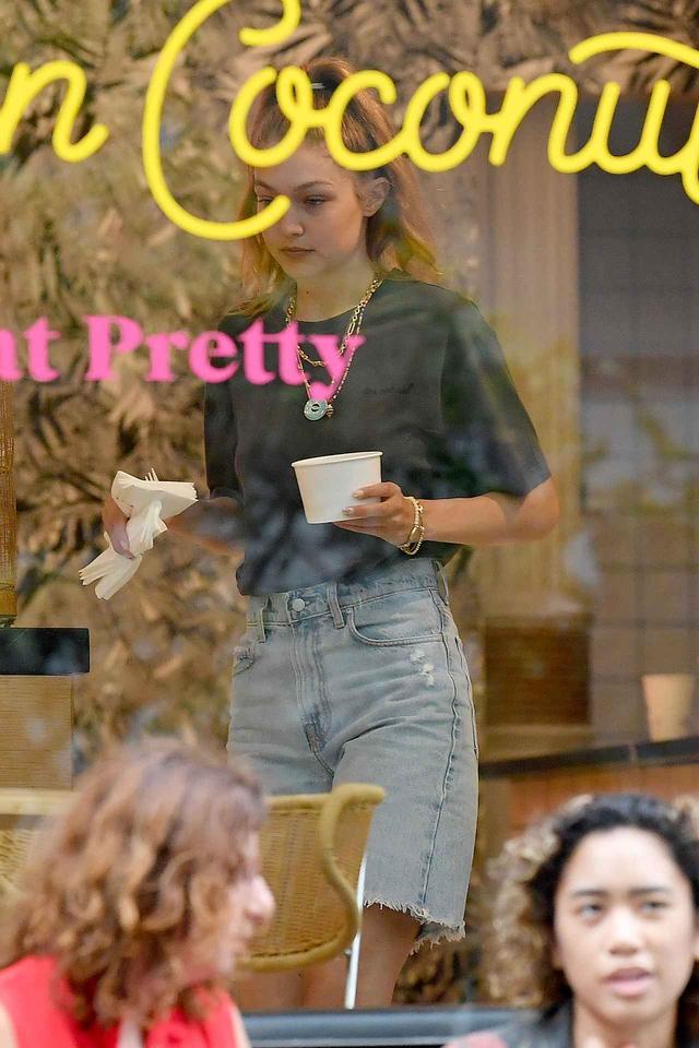 画像1: NYの人気カフェで女子会