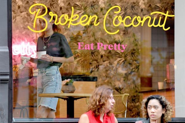 画像2: NYの人気カフェで女子会