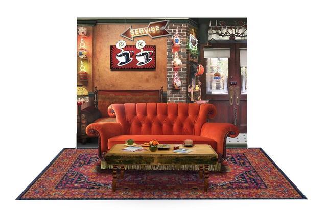 画像1: 『フレンズ』でお馴染みのソファーに座ろう