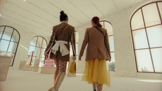 画像: #BaguetteFriendsForever: The Roman Baguette youtu.be
