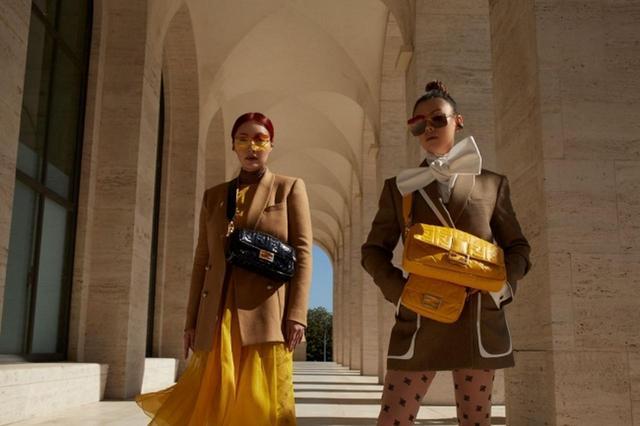 画像1: フェンディ、「名作バッグを探す」最新ムービーを人気ブロガー出演で公開