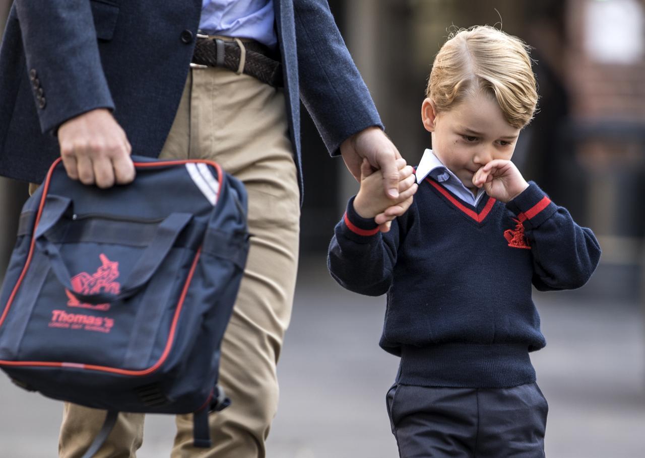 画像1: 私立学校に通うジョージ王子