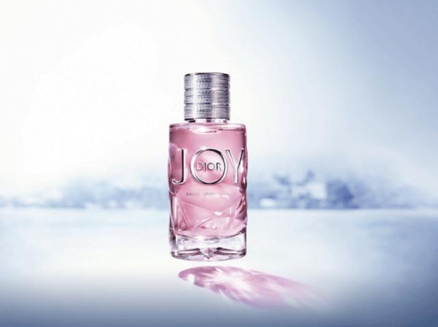 timeless design 64c9e 077a6 ディオールから新香水「ジョイ インテンス」が登場 - フロントロウ