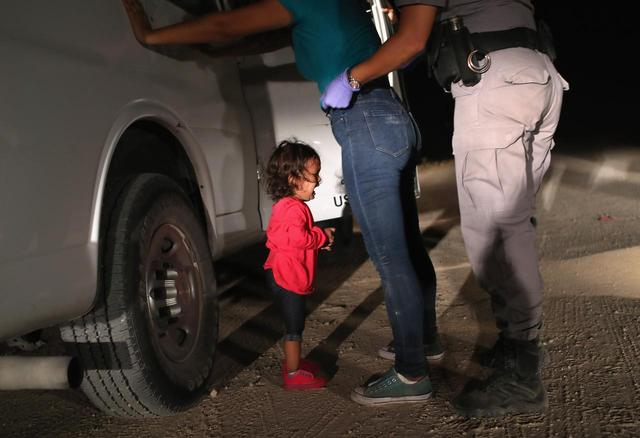 画像: メキシコとアメリカの移民問題