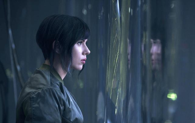 画像: 映画『ゴースト・イン・ザ・シェル』で草薙素子役を演じているスカーレット・ヨハンソン。