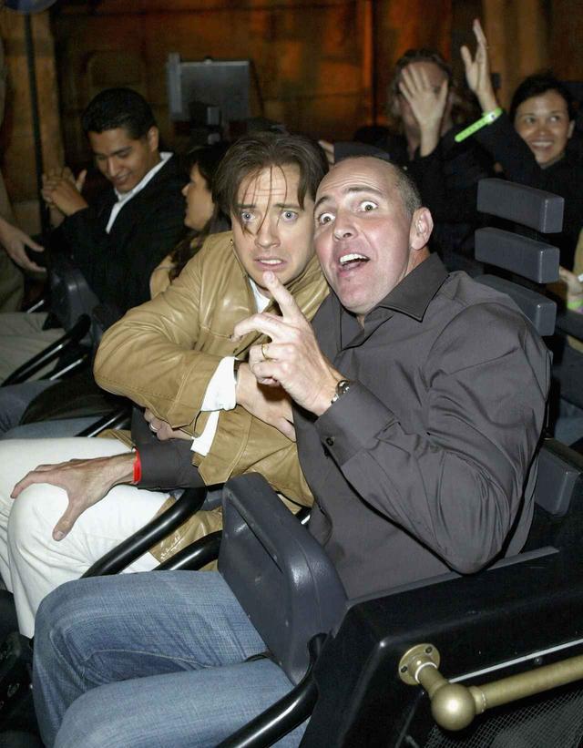 画像: 映画『ハムナプトラ』シリーズに出演したブレンダン・フレイザーとアーノルド・ヴォスルーも乗車したことをのある人気アトラクション。