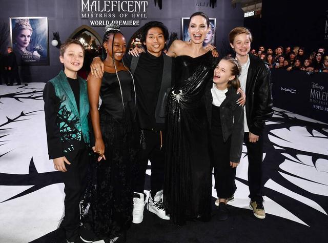 画像: 左からノックス、ザハラ、パックス、アンジェリーナ、ヴィヴィアン、シャイロ