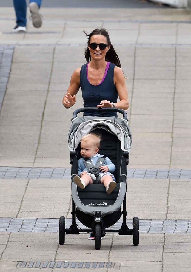 画像2: 11ヵ月の息子を育てるピッパ・ミドルトン