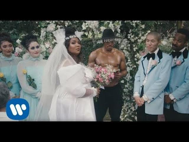 画像: Lizzo - Truth Hurts (Official Video) www.youtube.com