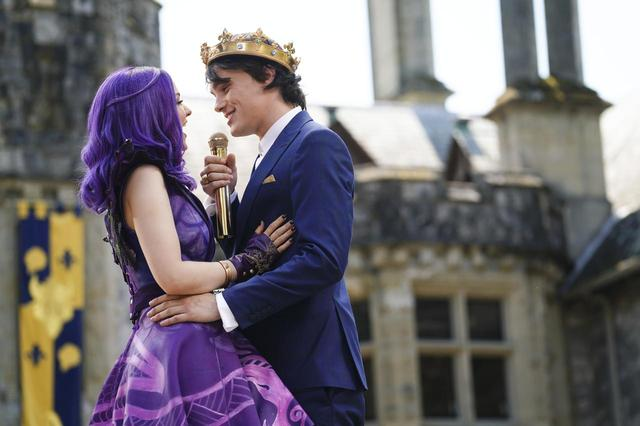 画像: 『ディセンダント3』では、ベン王子役ミッチェル・ホープのソロ曲「ディッド・アイ・メンション」にも注目!