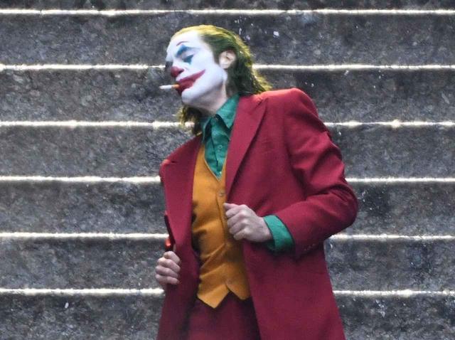 画像2: 悪役でありながら人気の高いジョーカー