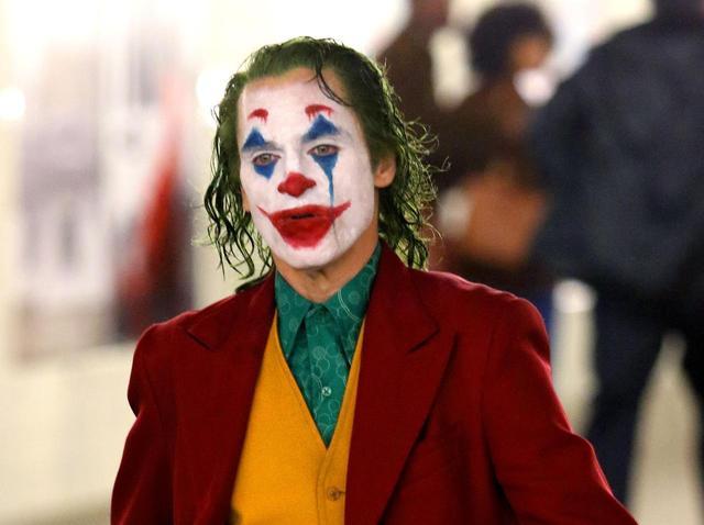 画像3: 悪役でありながら人気の高いジョーカー