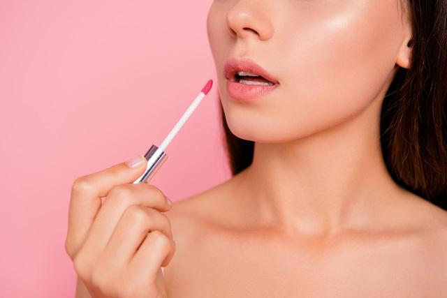 画像: 唇の美しさと旬感がアップする、リキッドリップの塗り方