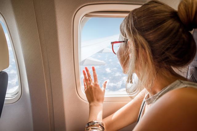 画像: NG美容④ 機内で必要以上にケアをする