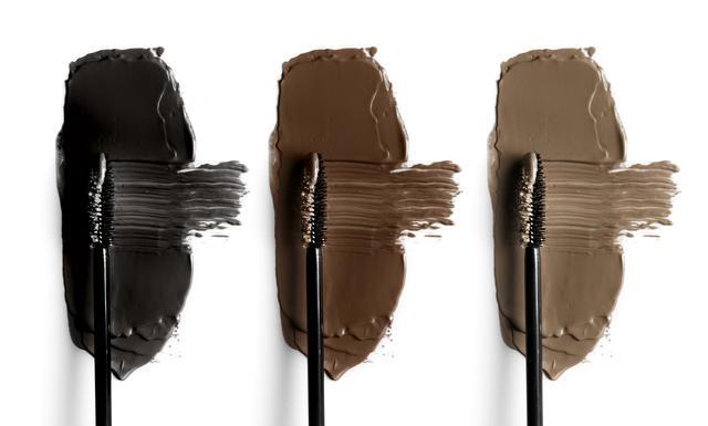 画像: ブラウンマスカラは「下まつげ」だけ塗る