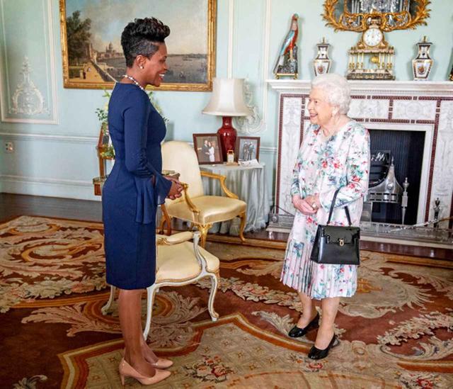 画像2: エリザベス女王の部屋から「消えたもの」とは?