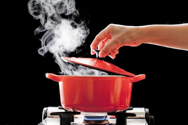 画像1: マットネイルに仕上げる魔法のレシピとは?