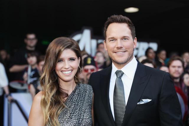画像: キャサリンとクリス。