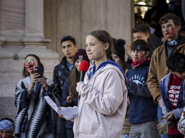 画像1: 世界を動かす環境活動家グレタ・トゥーンベリ