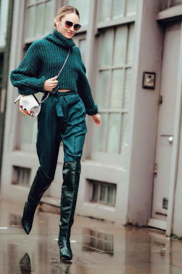 画像: モデルのキャンディス・スワンポール