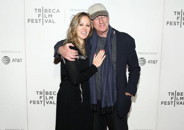 画像: 2019年5月、米ニューヨークで開催されたトライベッカ映画祭に妻アレハンドラを同伴したリチャード。