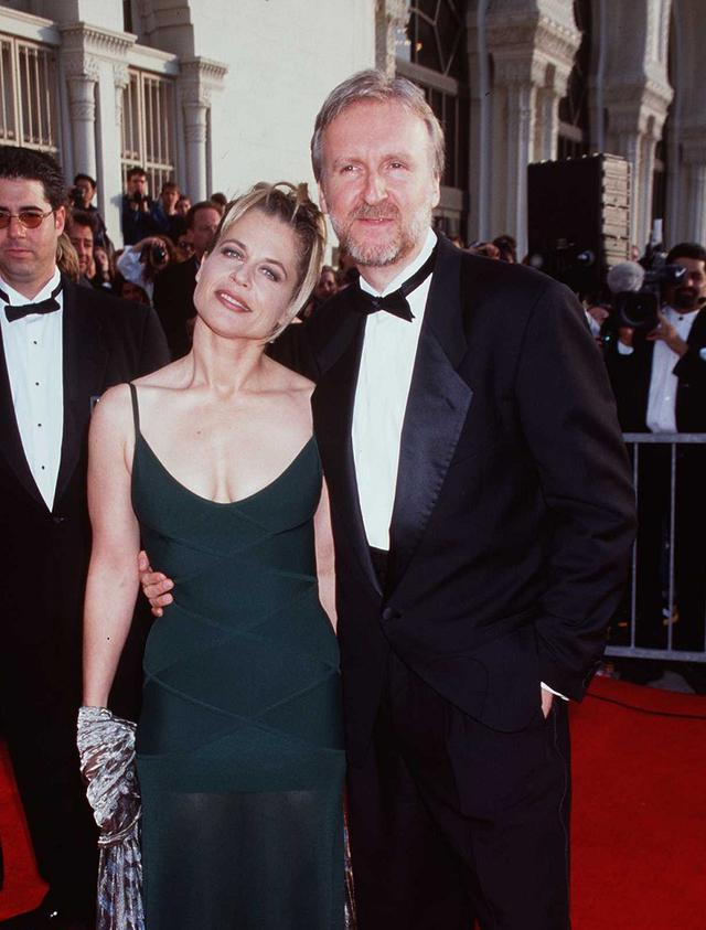 画像: まだ夫婦だった頃のリンダ&ジェームズ。リンダは『ターミネーター』での出会いがきっかけで過去に3度の離婚歴があるジェームズと1997年に結婚。彼との間に長女をもうけたが、結婚生活わずか2年で離婚した。