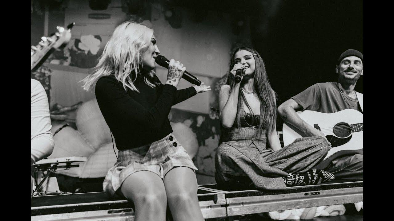 画像: Julia Michaels - ANXIETY LIVE @ The Fonda with Selena Gomez youtu.be
