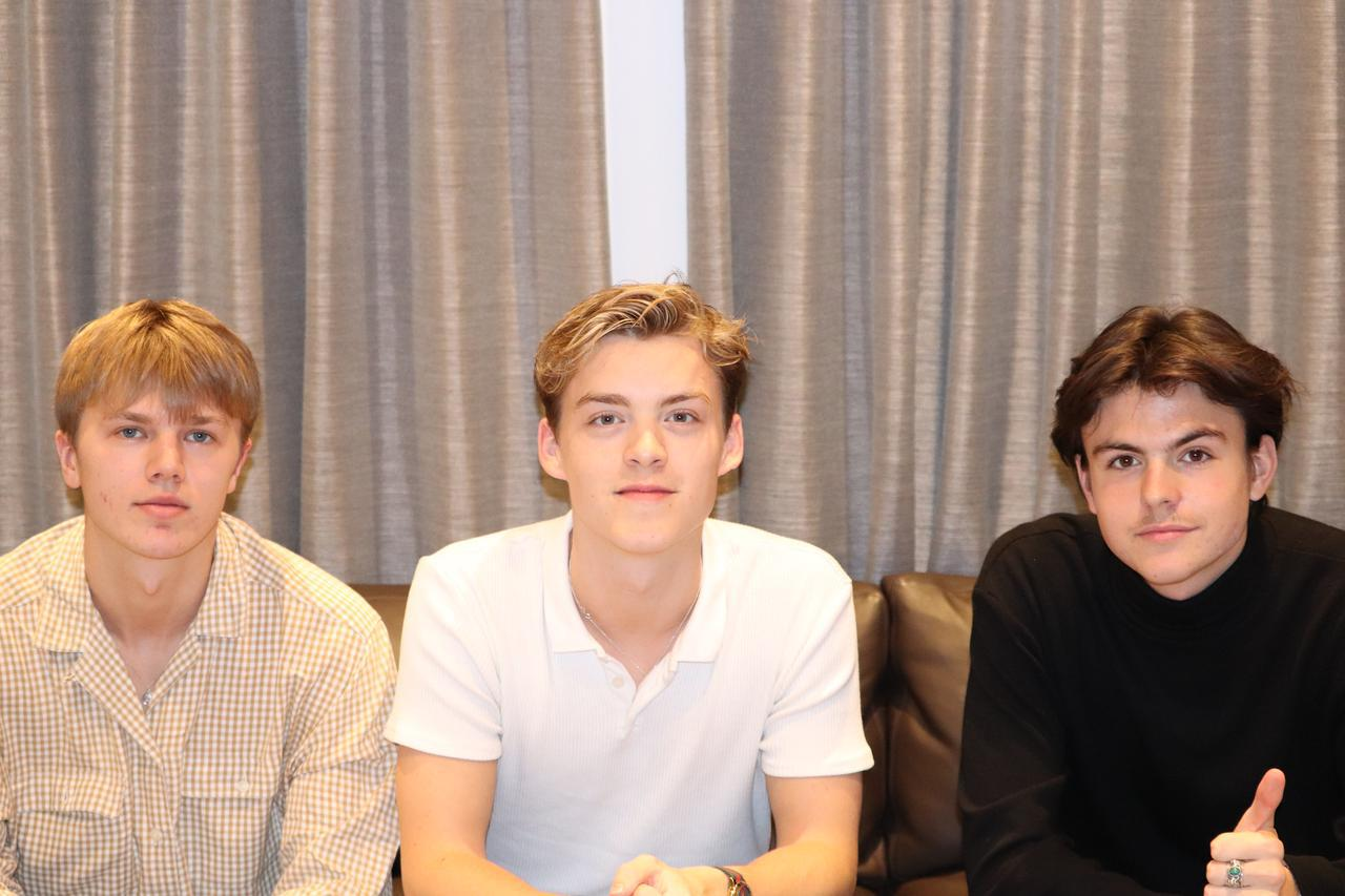 画像: 左からジョージ、リース、ブレイク ©Frontrow