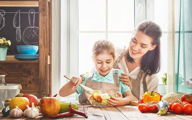 画像1: セレブママも実践している「食育」が簡単に取り入れられる! 親子で一緒に楽しめる 成長期応援ドリンク
