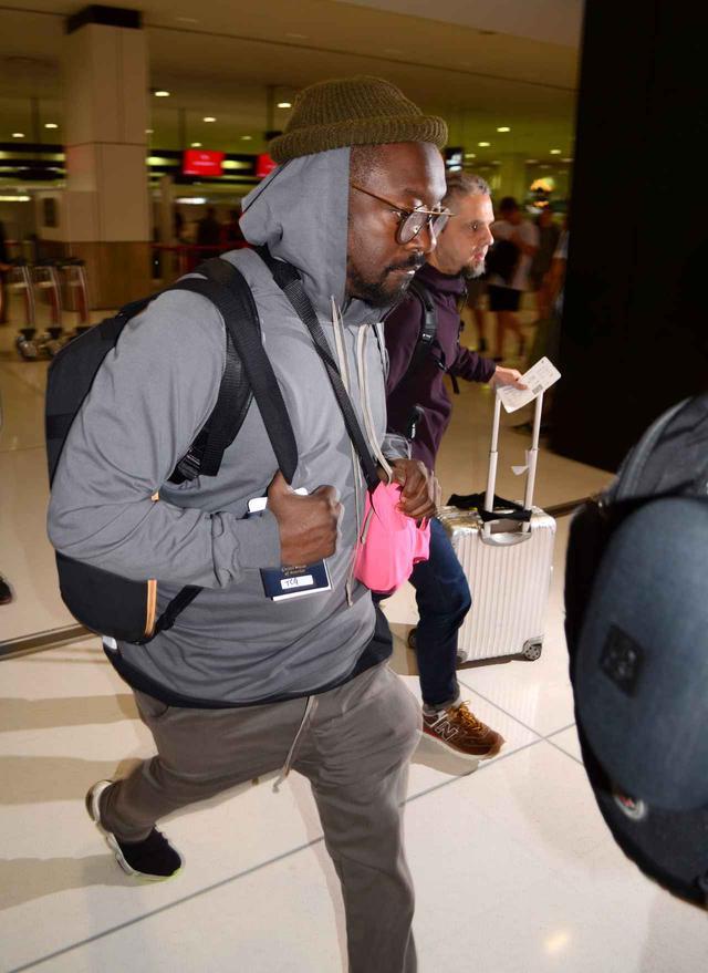 画像: シドニー空港で目撃されたウィル。