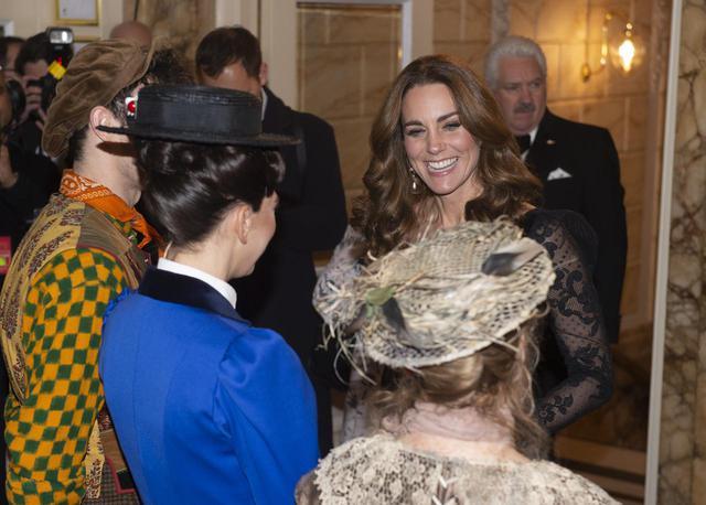 画像2: 結婚9年目の仲良し夫婦ウィリアム王子とキャサリン妃
