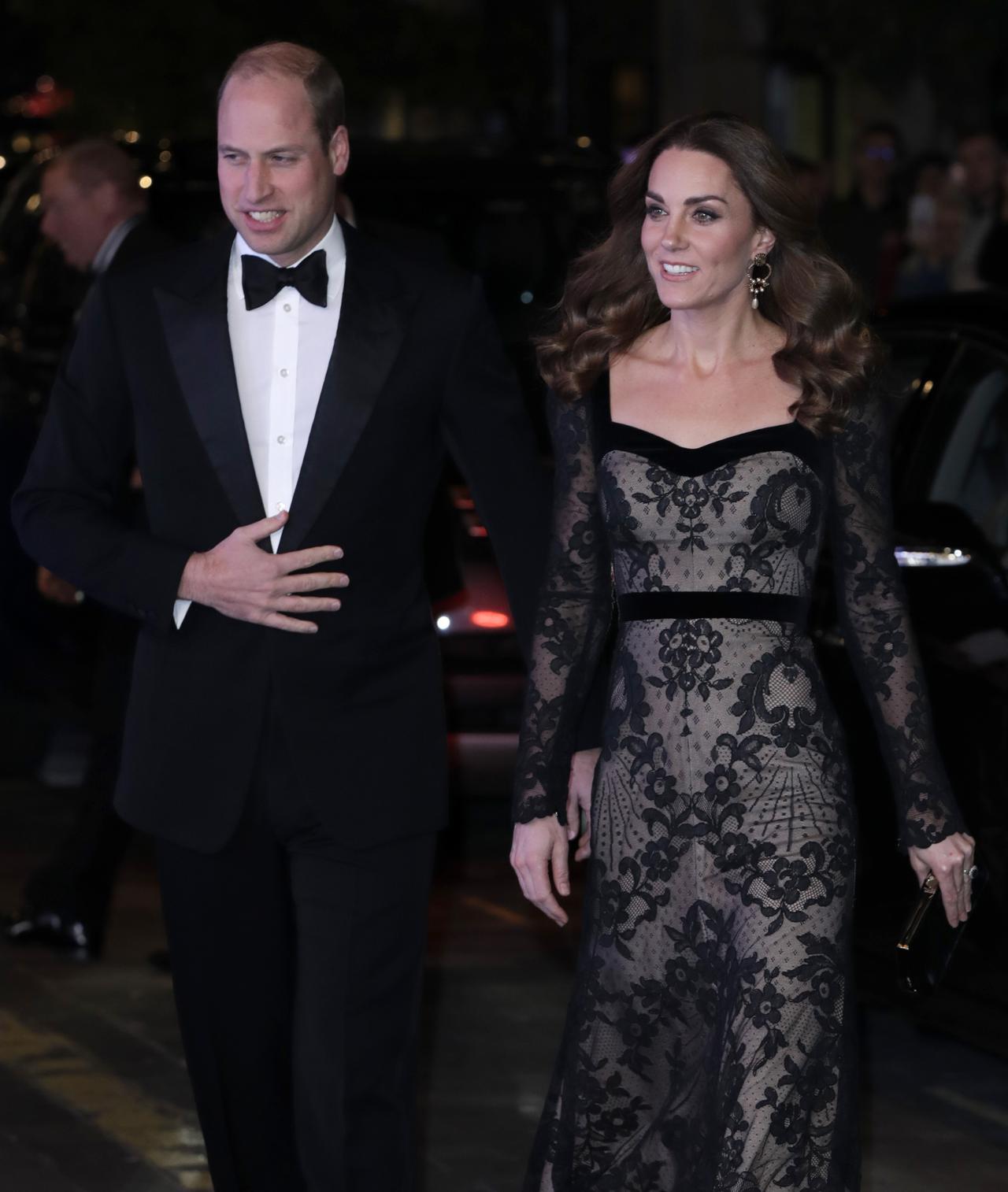 画像3: キャサリン妃の上品&セクシーなヌードドレス