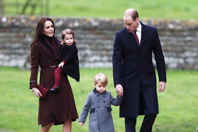 画像3: ネトフリ『ザ・クラウン』、ジョージ王子を再現