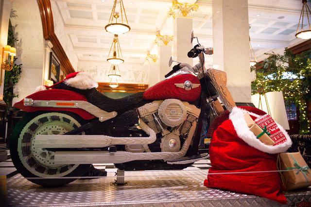 画像: サンタの新しい乗り物