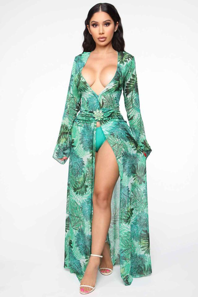 画像: www.fashionnova.com