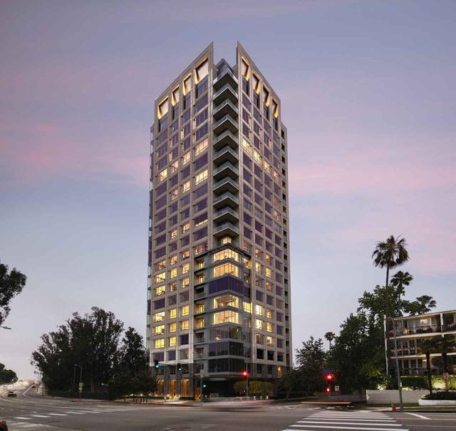 画像2: 新居はLAが一望できる高層マンション