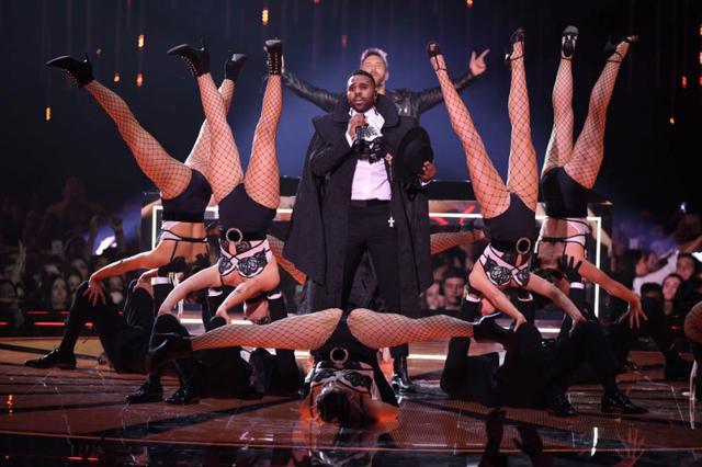 画像: セクシーなステージパフォーマンスも人気。