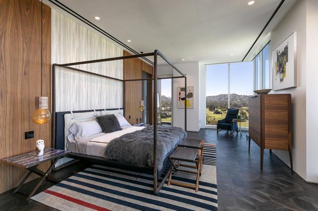 画像5: 新居はLAが一望できる高層マンション