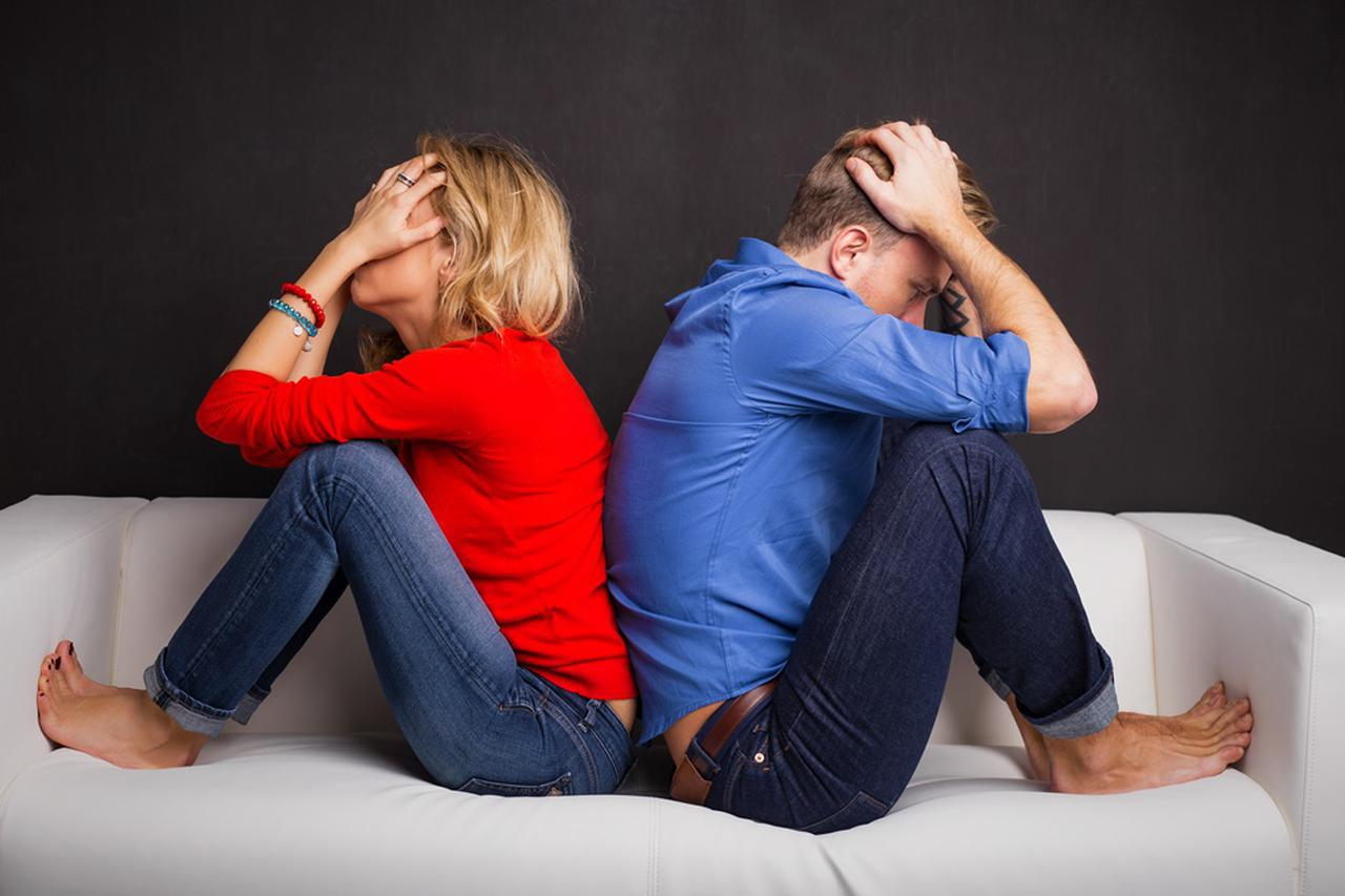 画像: 12月は破局を迎えるカップルが多い