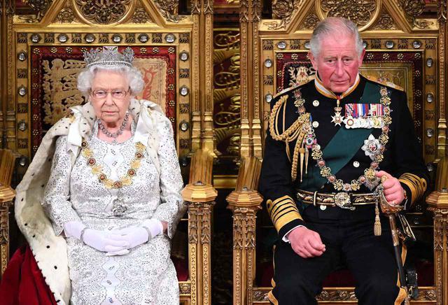 エリザベス 女王 逮捕 【速報】アメリカ政府さん、ローマ教皇とエリザベス女王を逮捕。