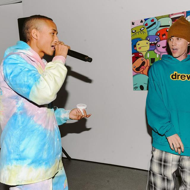 画像: ジェイデン(左)とジャスティン(右)。 twitter.com