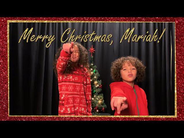 画像: アリアナ・グランデ、ライアン・レイノルズ他50名以上が「恋人たちのクリスマス」をお祝い